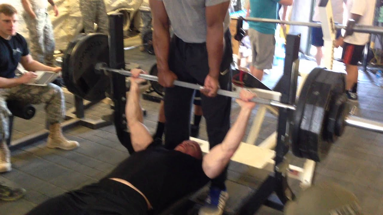 bench press 1000 lbs 28 images 1000 lbs bench press 28