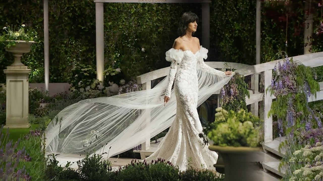 Wedding Dresses 2019 Ireland: Barcelona Bridal Fashion Week