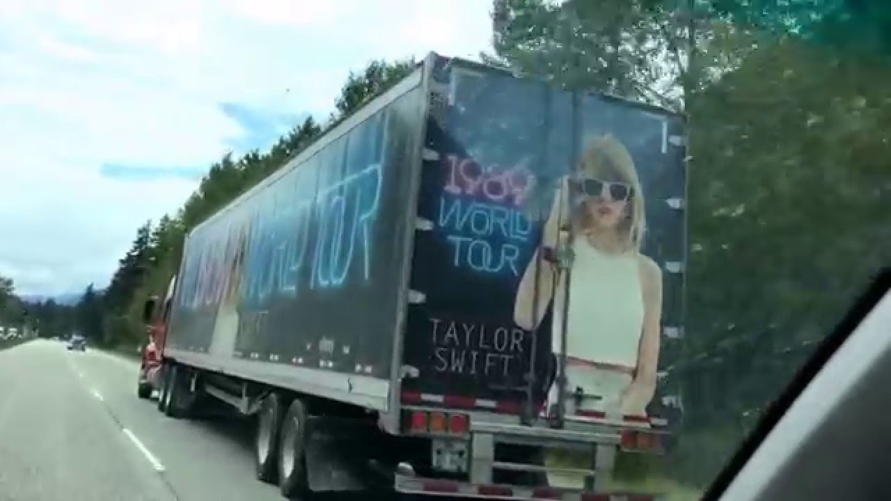 August 6, 2015 passing Taylor Swift's tour bus - YouTube