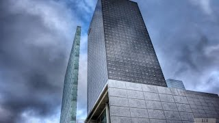 CLIMBING THE AREVA TOWER 194M (CAUGHT)
