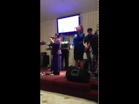 Ministerio de Adoracion Iglesia El Shaddai Orlando, Florida