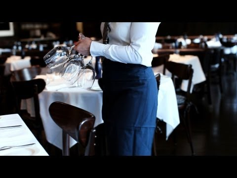 How to Hire Waitstaff | Restaurant Business