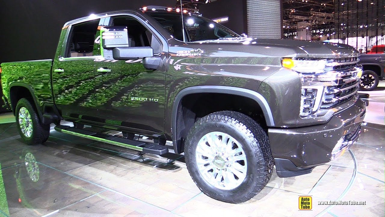 Why This Luxury Silverado Has A Better Interior Than It S Gmc