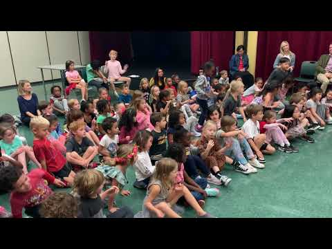 Thyra Heder reads How Do You Dance? at Turning Point School