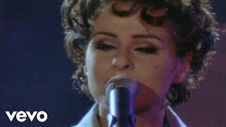 Lisa Stansfield - Carry On
