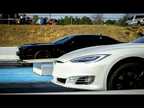 Hellcat Blows Parts Everywhere vs Tesla P100D Drag Racing!