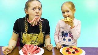 Обычная еда против желейной Челлендж вкусное испытание что лучше Sofia And Dima