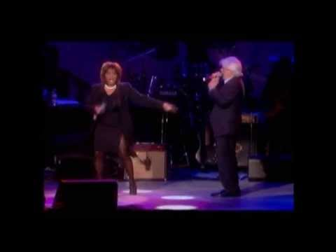 Patti LaBelle Michael McDonald - On My Own (Live In LA)