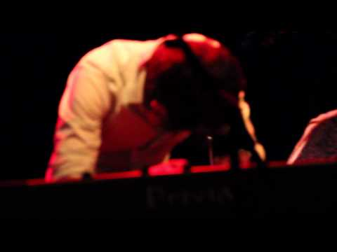 Jorge Arana Trio - Song 3 Live (record bar 07/05/11)