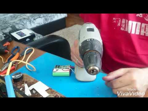 Да-12эр-01 (1,3 ач). Цена: 3050 руб. Компактная двухскоростная дрель шуруповерт с литий-ионовым аккумулятором для работы с крепежом и.