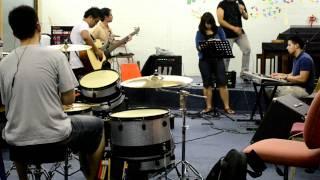 Download Video Kerispatih Sepanjang Usia cover - 21st avenue MP3 3GP MP4