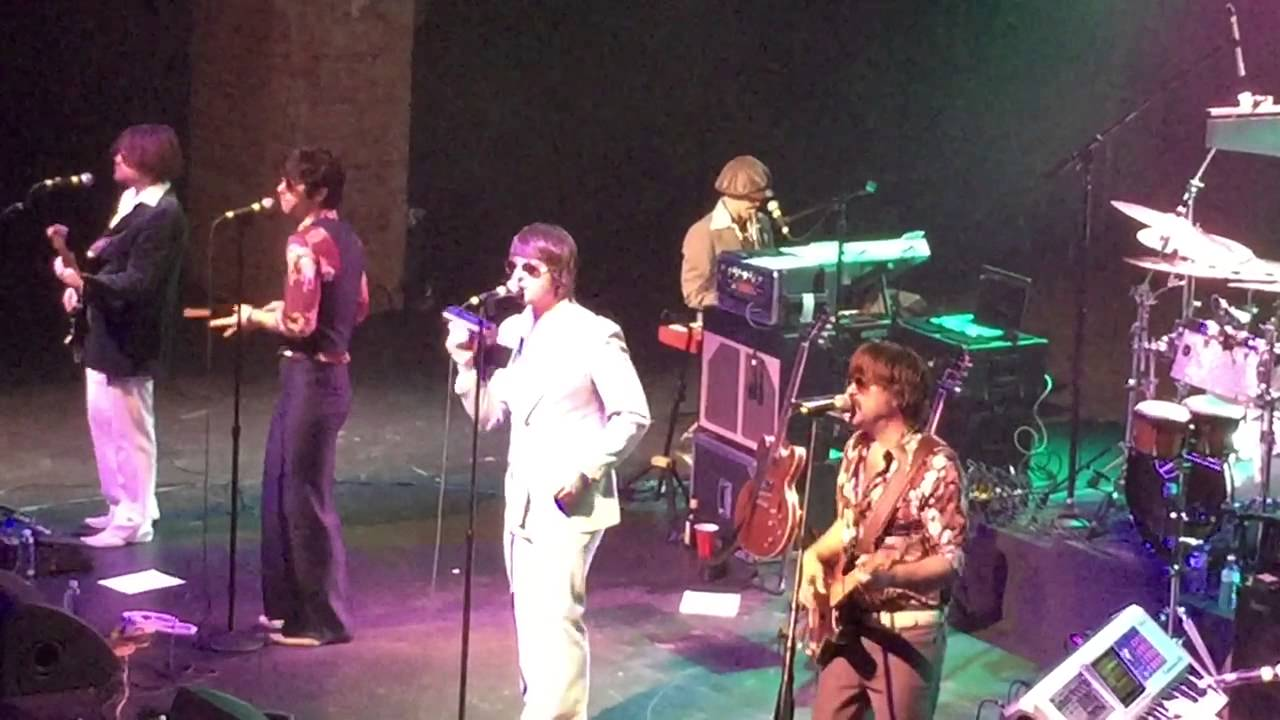 Confessions of a Cover Band: Yacht Rock Revue croons the