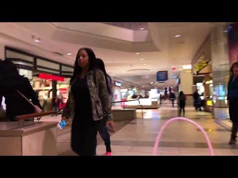 Walking At Oak Park Mall In Overland Park, KS (1/19/18)