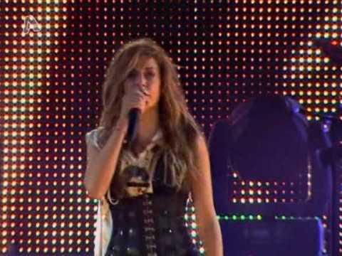 Anna Vissi -Treno Live [Summer Tour 2009 HQ] ALPHA TV
