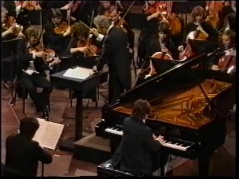 Alexei Sultanov, Rachmaninoff Piano Concerto #2 , 1st mov., part 1