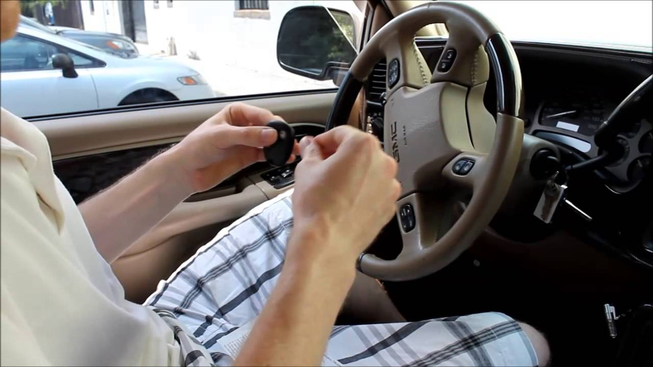 How to Program a Keyless Entry Remote Key Fob Chevy GMC ...