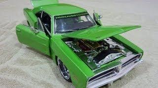 Коллекционная модель авто Dodge Charger R/T 1969 1:24 от Maisto