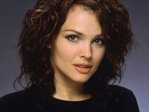 Dina Meyer  Actress