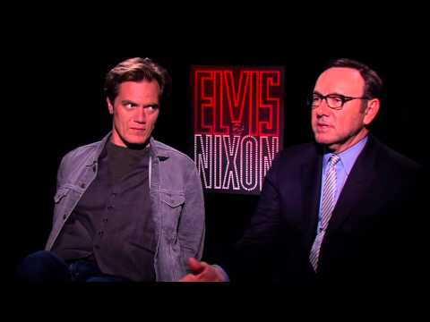 Kevin Spacey Stole M&Ms from the White House! | ELVIS & NIXON Cast Interviews w/ Kamaron