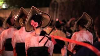 富山県のお祭り、越中八尾「おわら風の盆」。2012年初日の映像です。 も...