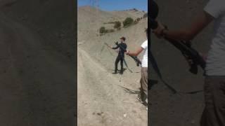 Asker eglencesi silah böyle atılır