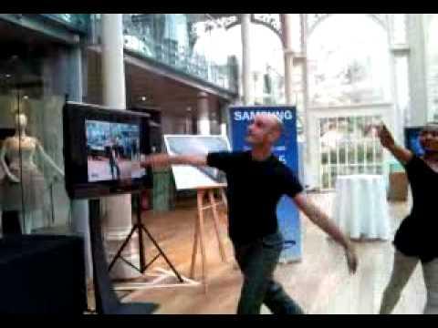 Samsung M8800 Pixon video demonstration