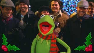 "The Muppets | Kermit the Frog Sings ""It Feels Like Christmas"" at Disneyland"