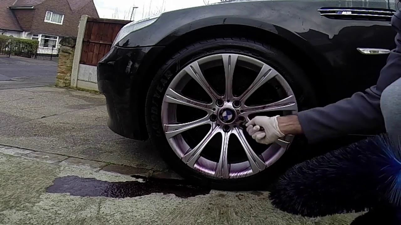 carpro iron x bmw m5 e60 v10 wheel cleaner detail youtube. Black Bedroom Furniture Sets. Home Design Ideas