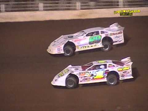 Late Models Highlights Atomic Motor Speedway May 18 , 2002