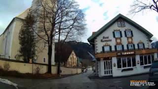D: Gemeinde Oberammergau. Landkreis Garmisch-Partenkirchen. Fahrt durch den Ort. Dezember 2016
