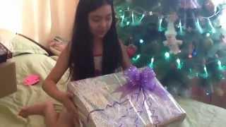 Розпакування подарунка від Діда Мороза !!!!!Ураааа!!!!