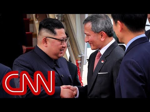 Kim Jong Un arrives in Singapore