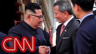 Kim Jong Un arrives in Singapore