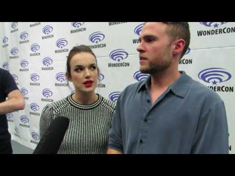 elizabeth henstridge dating iain de caestecker