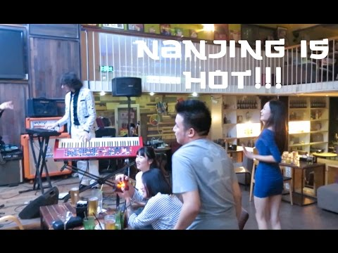 Trip to Nanjing, Awesome Restaurants, and Live Music in China!