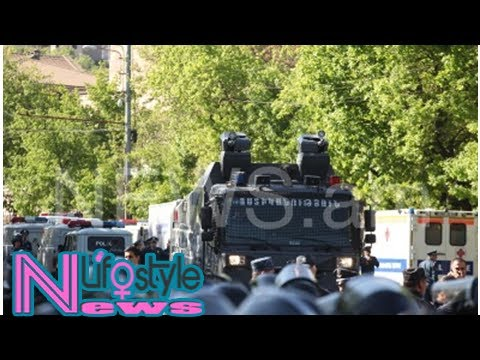 Yerevan police bring in water cannon to baghramyan avenue (photos)