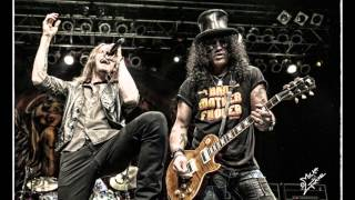 Slash ft. Myles Kennedy - World On Fire (With Lyrics)