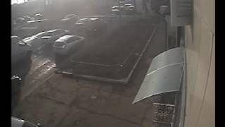 В Мариуполе военный автомобиль врезался в «Рено Камри»