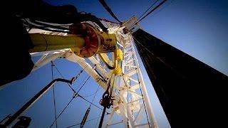 وكالة الطاقة: تخمة المعروض النفطي ستستمر العام المقبل مع تباطؤ نمو الطلب العالمي - economy