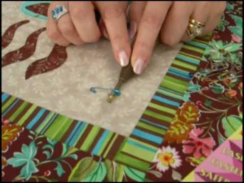 ://i.ytimg.com/vi/y_BX-NIs_IQ/hqdefault.jpg : how to hand baste a quilt - Adamdwight.com