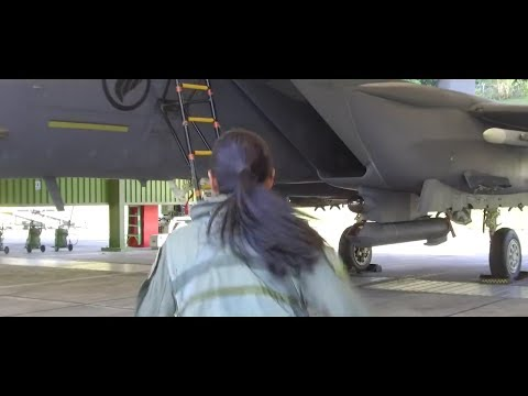 Young girl follow her father's footsteps to be a lady fighter pilot in Singapore: Maj Nah Jinping