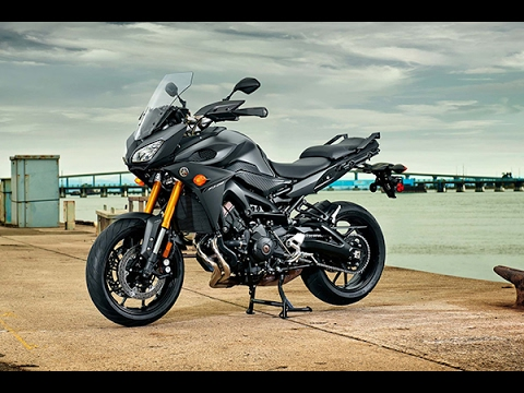 2017 latest bike honda vfr800x crossrunner by max speed in. Black Bedroom Furniture Sets. Home Design Ideas