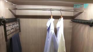 видео Штанга для шкафа купе – выдвижная, с подсветкой: установка штанги своими руками