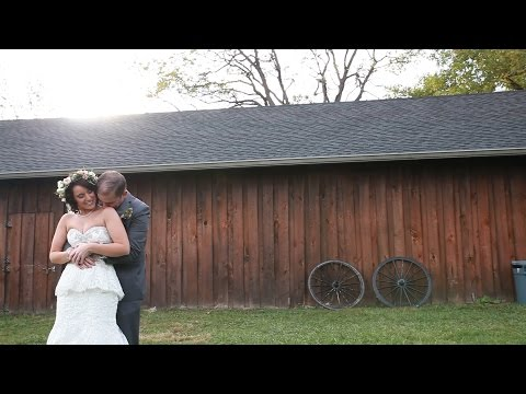 brittany-and-matthew's-wedding-at-the-barn-in-zionsville