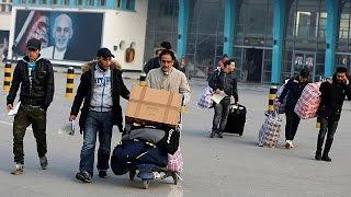 Almanya'ya iltica başvurusu reddedilen ilk Afgan grup sınır dışı edildi