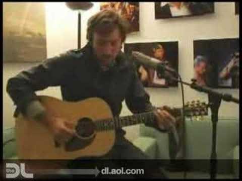 The DL - Matt Costa sings 'Lullaby'