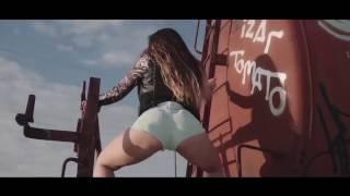 Испанские девушки танцуют тверк!