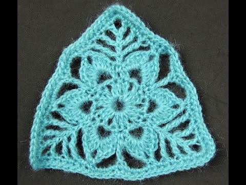 crochet triangulo con flor youtube