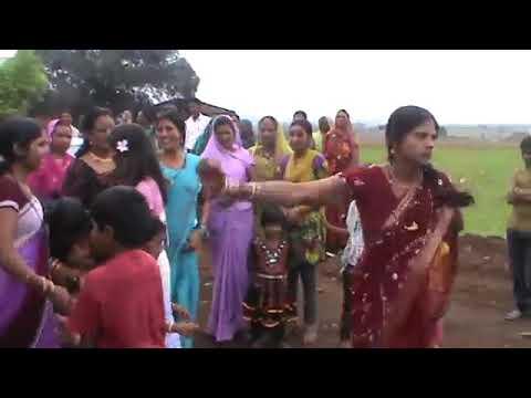 गांव की शादी में जबरदस्त डांस No entry
