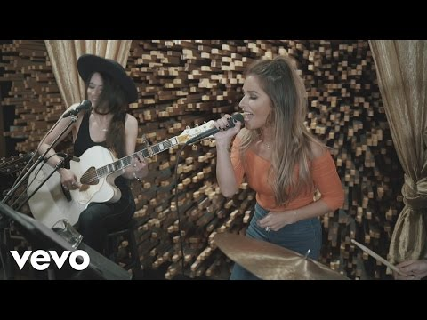 Jessie James Decker – Who's Lovin You